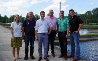 Bundestagskandidaten besuchen Fischzucht Rameil in Fritzlar